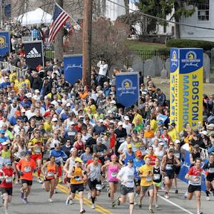 Corredores na Maratona de Boston